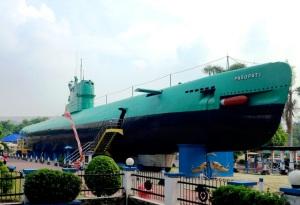 Submarine Museum (Monkasel = Monumen Kapal Selam)